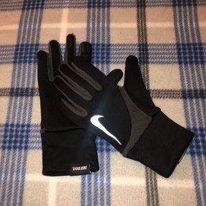 Nike reflective gloves